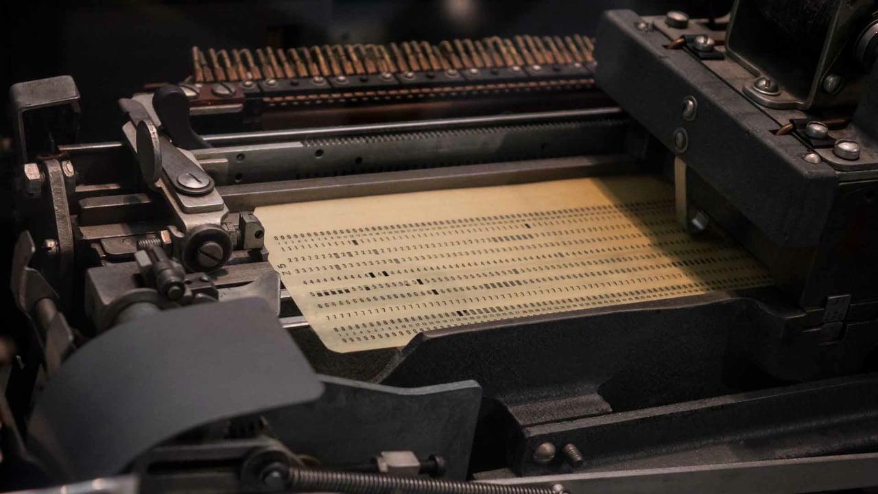 NEWS (18.10.19) IBM und der Holocaust und die Überwachung der Neonazis